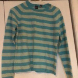 Gap pullover sweater lambs wool